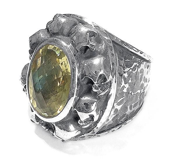 Ring • Oval Skulls Frame • Hammered & Stone   Lemon   Turquoise