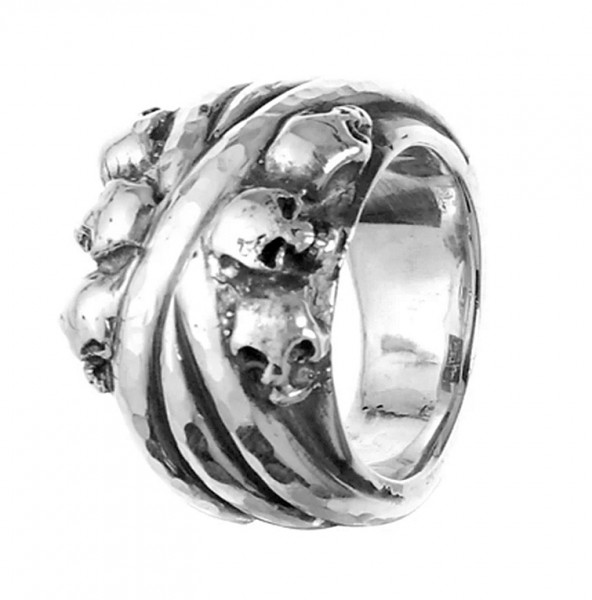 Ring • Solid Bands Skulls