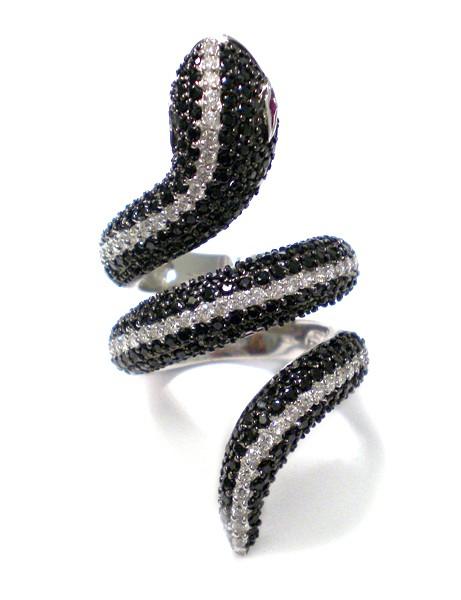 Ring • Snake | Black & White