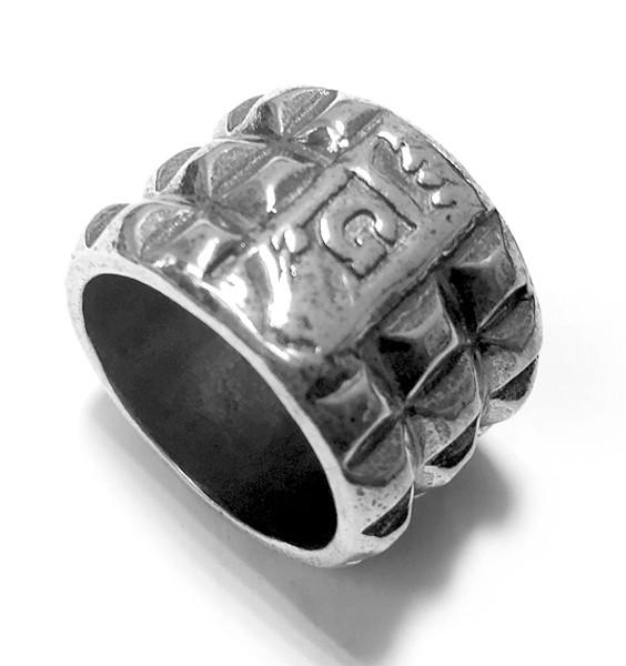 Ring • Gem