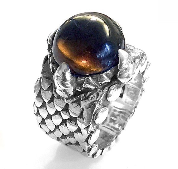 Ring • Dragon Claw | Smoky Cabouchon