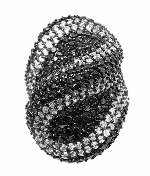 Ring • Black & White